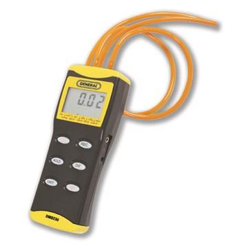 General DM8230 0-30 PSI Deluxe Digital Manometer